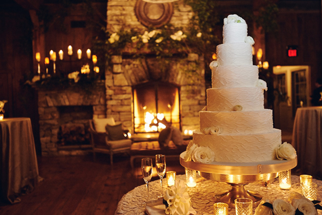 highlands-wedding-cake