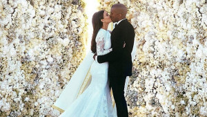 kardashian-west-wedding-kiss-instagram-620