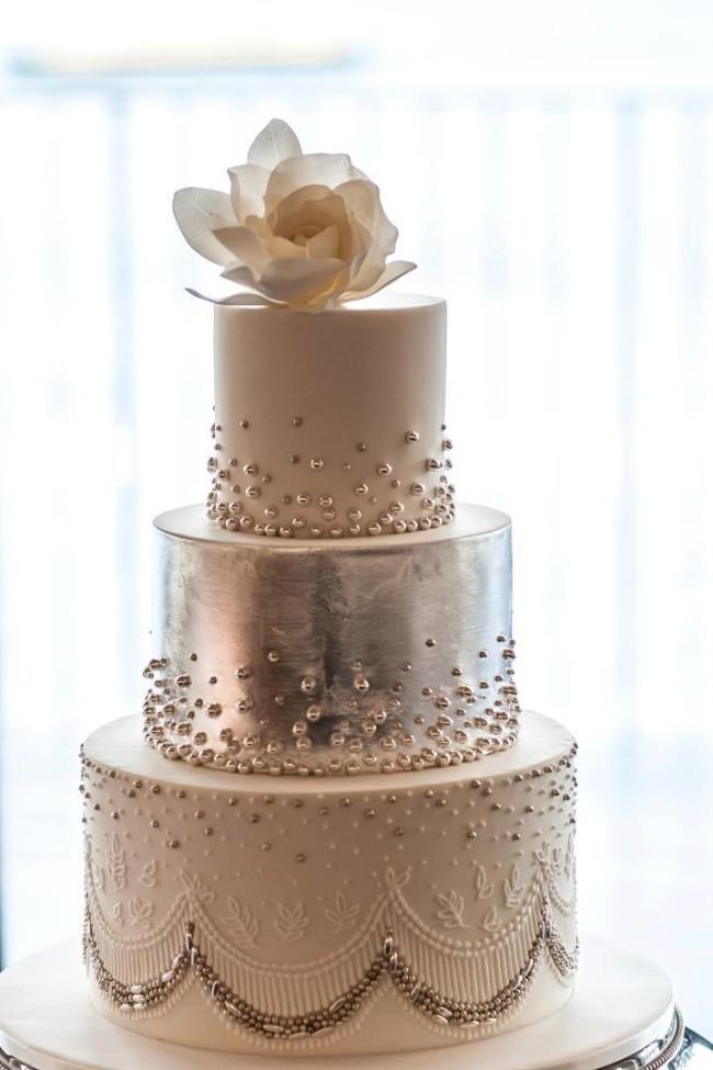 Mod Wedding Wedding Cake