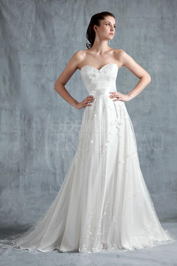 HARMONY bridal gown by Modern Trousseau