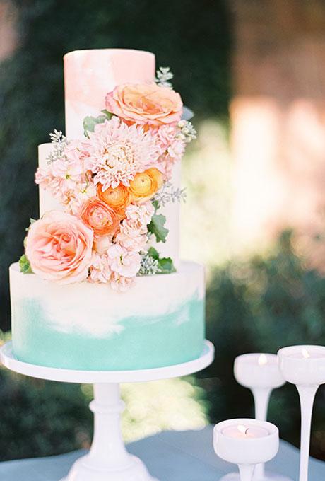 Spring-Wedding-Cakes-Ben-Q-Photography