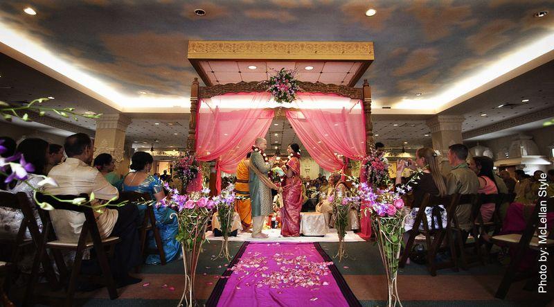bride-groom-Indian-ceremony-Gnesha-Temple-Nashville