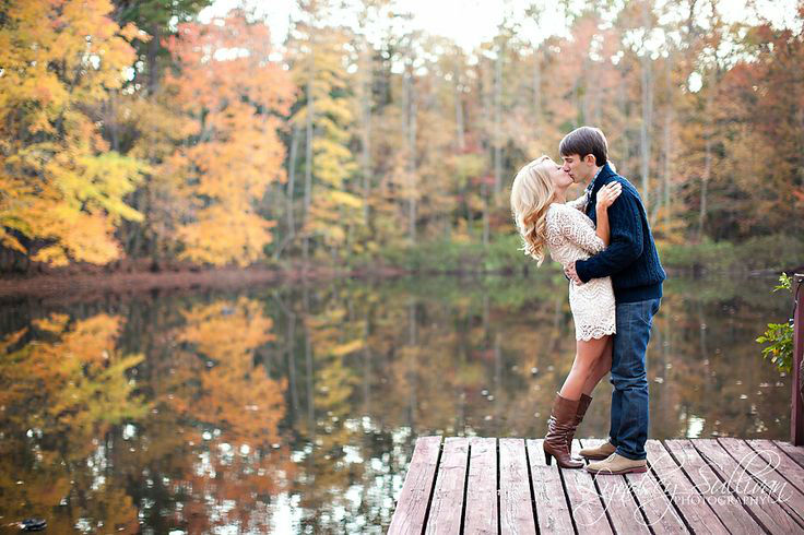 fall-engagement-photo-ideas04